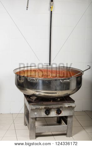 industrial cooking restaurant kitchen equipment- cooking beans
