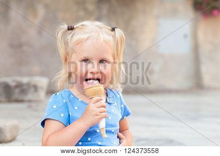 Little Happy Cheerful Girl Eats Gelato, Outdoor