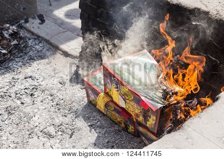 Kuala Lumpur, Malaysia, April 2, 2016: Chinese Descendants Burnt Offerings To Ancestors During The A