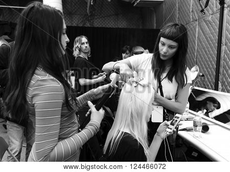 Desigual - Backstage - Fall 2016 Collection
