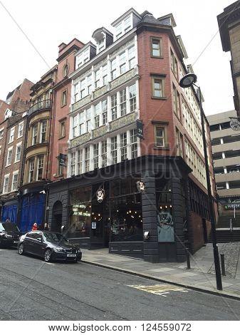 NEWCASTLE - APRIL 1: Dean Street BrewDog pub on April 1, 2016 in Newcastle, UK.