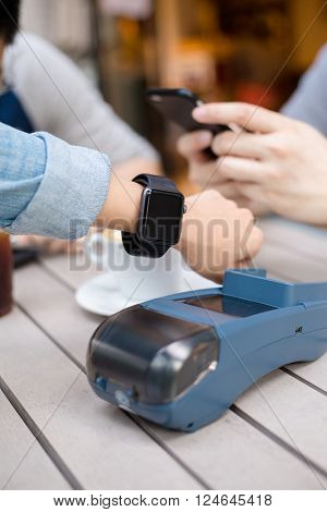 Customer pay by smart watch on pos machine
