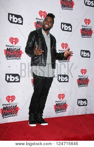 LOS ANGELES - APR 3:  Jason Derulo at the iHeart Radio Music Awards 2016 Press Room at the The Forum on April 3, 2016 in Inglewood, CA