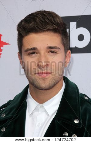 LOS ANGELES - APR 3:  Jake Miller at the iHeart Radio Music Awards 2016 Arrivals at the The Forum on April 3, 2016 in Inglewood, CA