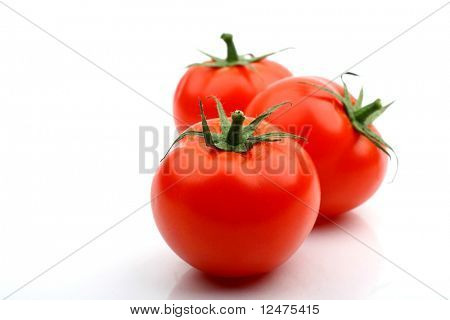 Tomaten, isolated on white
