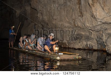 Maehongson Thailand-feb20,2016:unidentified People On Bamboo Raft In Cave On Maehongson Province Nor