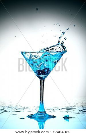 blue cocktail splash