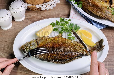 Fish in the ration is a balanced diet in your menu