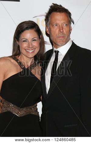 LOS ANGELES - APR 6:  Marie Wilson, Matthew Ashford at the 7th Annual Indie Series Awards at the El Portal Theater on April 6, 2016 in North Hollywood, CA