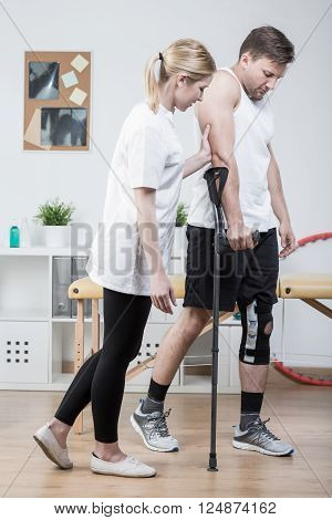 Teaching Patient How Use Crutches