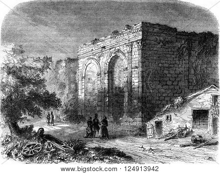 Remains of the triumphal arch, in Langres, Haute-Marne, vintage engraved illustration. Magasin Pittoresque 1847.