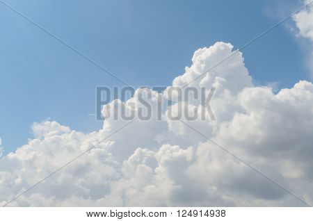 Big white cloud and blue sky in afternoon