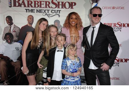 LOS ANGELES - APR 6:  Eve, Maximillion Cooper at the Barbershop - The Next Cut Premiere at the TCL Chinese Theater on April 6, 2016 in Los Angeles, CA