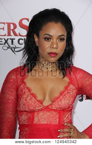 LOS ANGELES - APR 6:  Regina Hall at the Barbershop - The Next Cut Premiere at the TCL Chinese Theater on April 6, 2016 in Los Angeles, CA