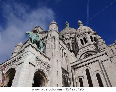Basilique du Sacre Coeur,Montmartre, Paris, France with blue sky