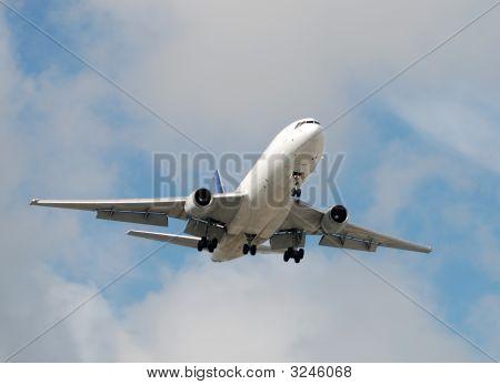 Cargo Jet Approaching