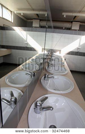 Public washbasins