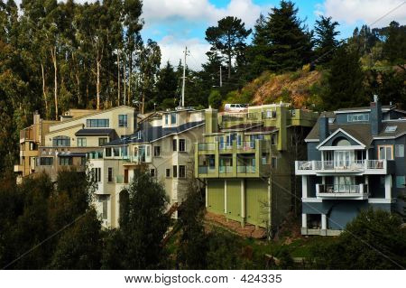 Hillside Homes In California