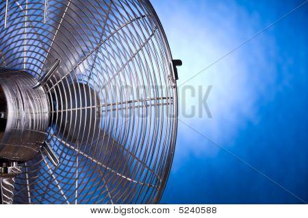 Closeup de ventilador funcionando