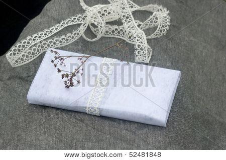 Feminine Romantic Present