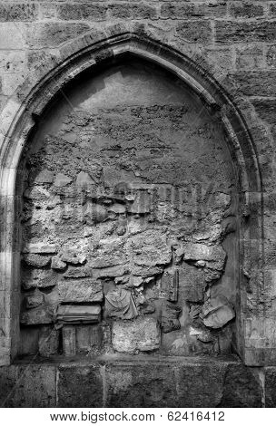 Valencia Santa Catalina church plaza Lope de Vega Arcosolio detail with broken sculpture in Spain