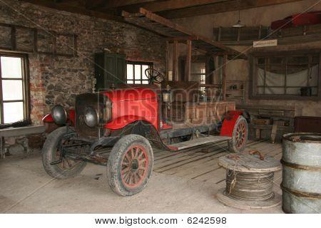 Antique Fire-engine