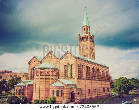 Retro Look St Matthauskirche Berlin