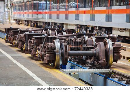 Undercarriages for maintenance of subway wagons