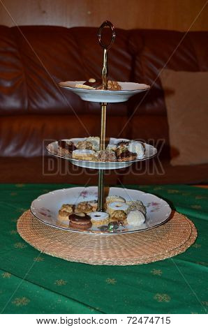 Confectionery in the flat plate