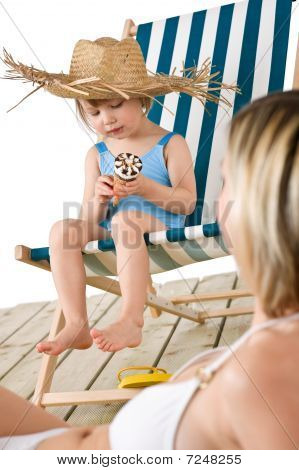 Beach - Mother With Child With Ice-cream Cone