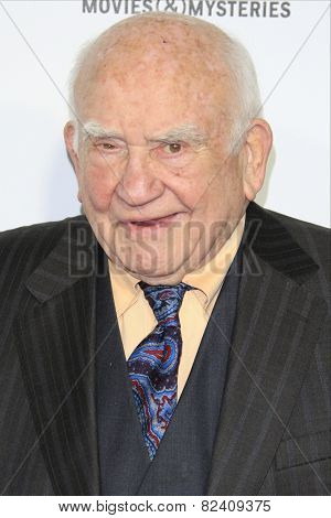 LOS ANGELES - JAN 8: Ed Asner at the TCA Winter 2015 Event For Hallmark Channel and Hallmark Movies & Mysteries at Tournament House on January 8, 2015 in Pasadena, CA