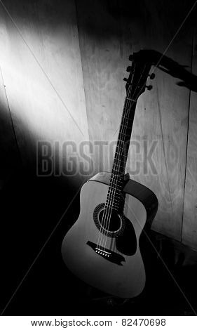 Acoustic Guitar Body Black and White