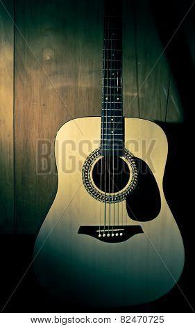 Acoustic Guitar, Body