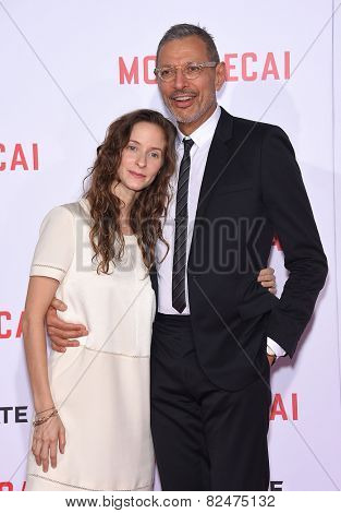 LOS ANGELES - JAN 21:  Jeff Goldblum & Emilie Livingston arrives to the