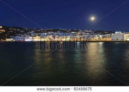 Full Moon On Mykonos