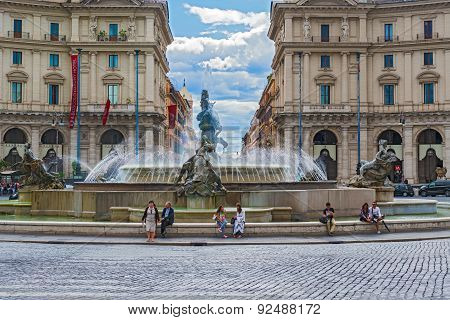 Fountain Of The Naiads At Piazza Della Repubblica In Rome, Taly.