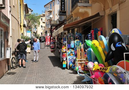 Sainte Maxime France - april 16 2016 : shop in the street