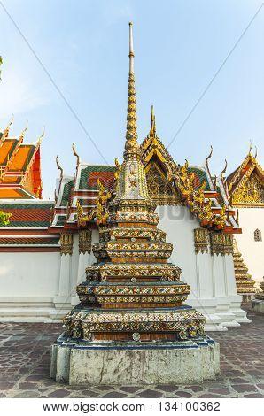 Chedi Rai near Phra Rabieng cloister, Wat Phra Chetuphon (Wat Po), Bangkok, Thailand, Southeast Asia, Asia