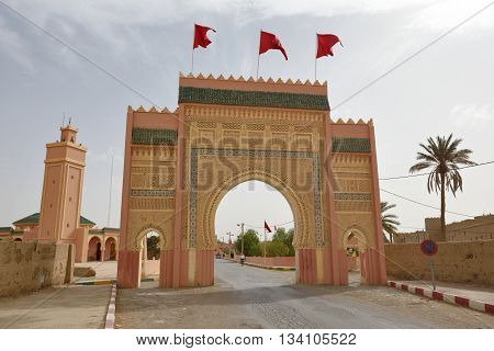 Western city gate of Rissani. Rissani is a town in eastern Morocco located near Erfoud.