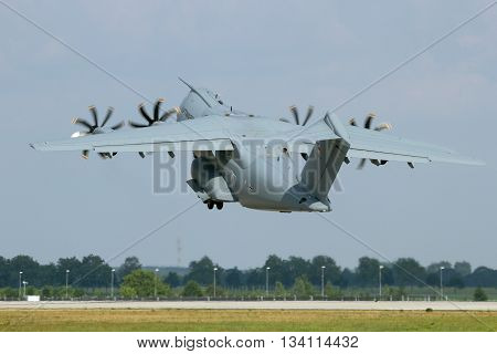 Airbus A400M Take Off