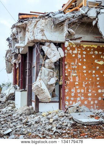 house is demolished