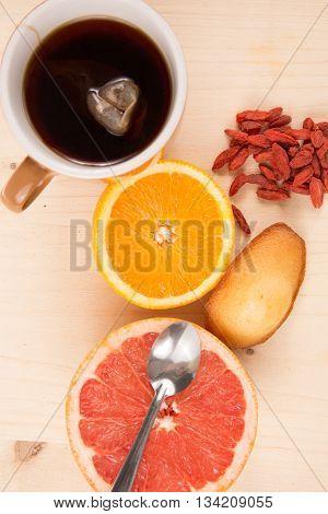 Very Sweet Breakfast : Tea, Fresh Fruits, Madeleine, Goji Berries