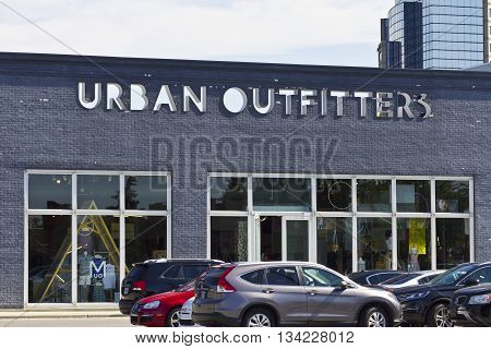 Indianapolis - Circa June 2016: Urban Outfitters Retail Location. Urban Outfitters is a Chain with a Hipster Vibe Known for On-Trend Fashions II