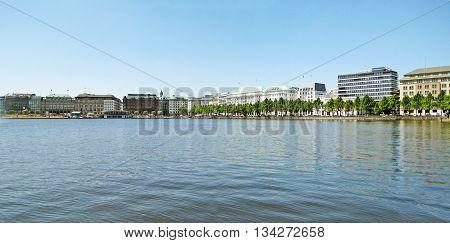 Panorama of Hamburg lake Alster / Binnenalster