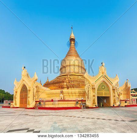 Buddhist pagoda Maha Wizaya in Yangon. Myanmar.