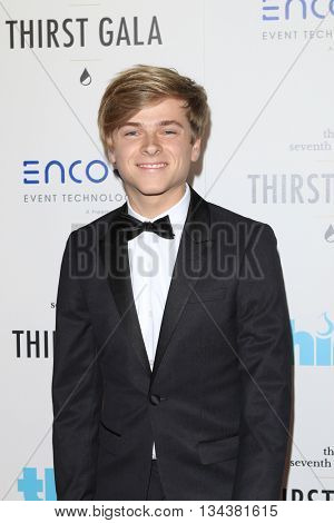 LOS ANGELES - JUN 13:  Luke Korns at the 7th Annual Thirst Gala at the Beverly Hilton Hotel on June 13, 2016 in Beverly Hills, CA