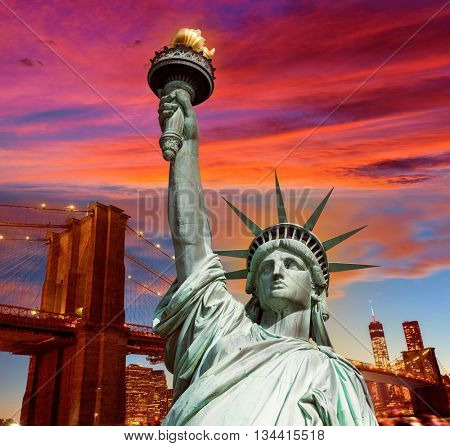 Liberty Statue and Brooklyn bridge New York American Symbols USA photomount