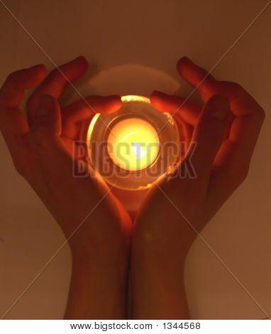 Hands@Fire