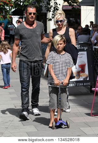 LONDON, UK - AUGUST 20, 2013: Gwen Stefani, Gavin Rosedale and Kingston Rossdale out for a walk in Primrose hill in London