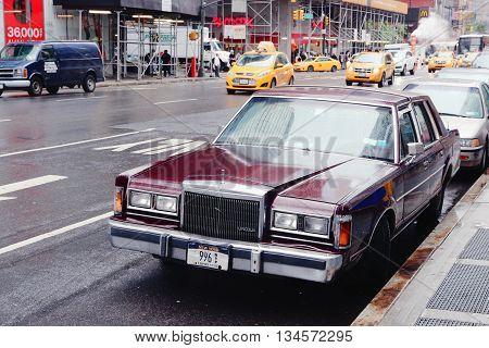 Lincoln Car